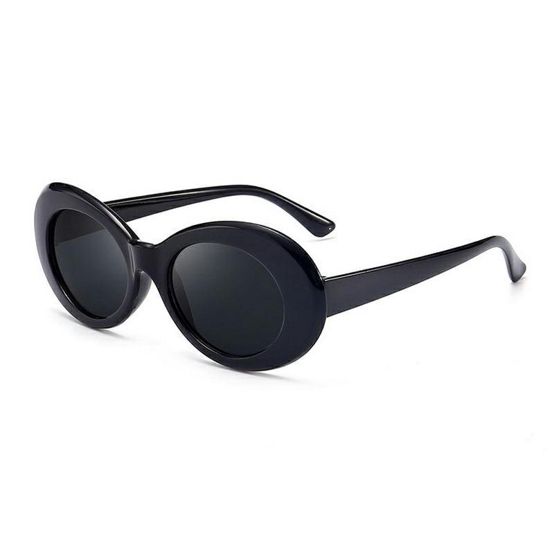 RetroClassic Sunglasses UV Protection - Black + Grey